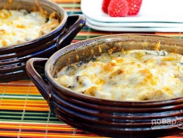 Жульен с грибами и курицей: рецепт сытного блюда (Фото)
