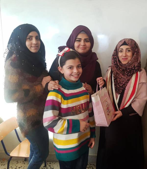 نظم نادي بنات فلسطين ونادي بسمة امل احتفال تكريمي للطالبات المثاليات