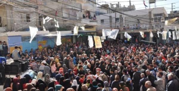 هل ستقف القوى الفلسطينية وقفة إعتصام في وجه التقليصات