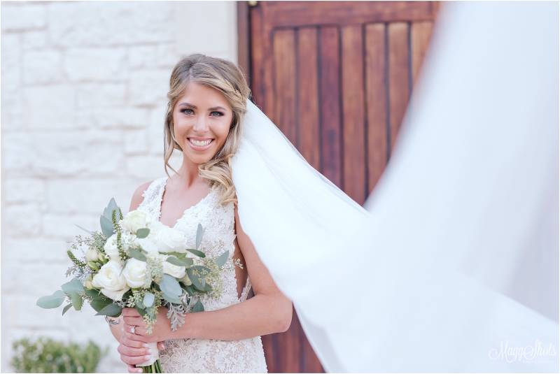 Meet Natural Glam Nashville Hair + Makeup Artist, La Belle Glam featured on Nashville Bride Guide