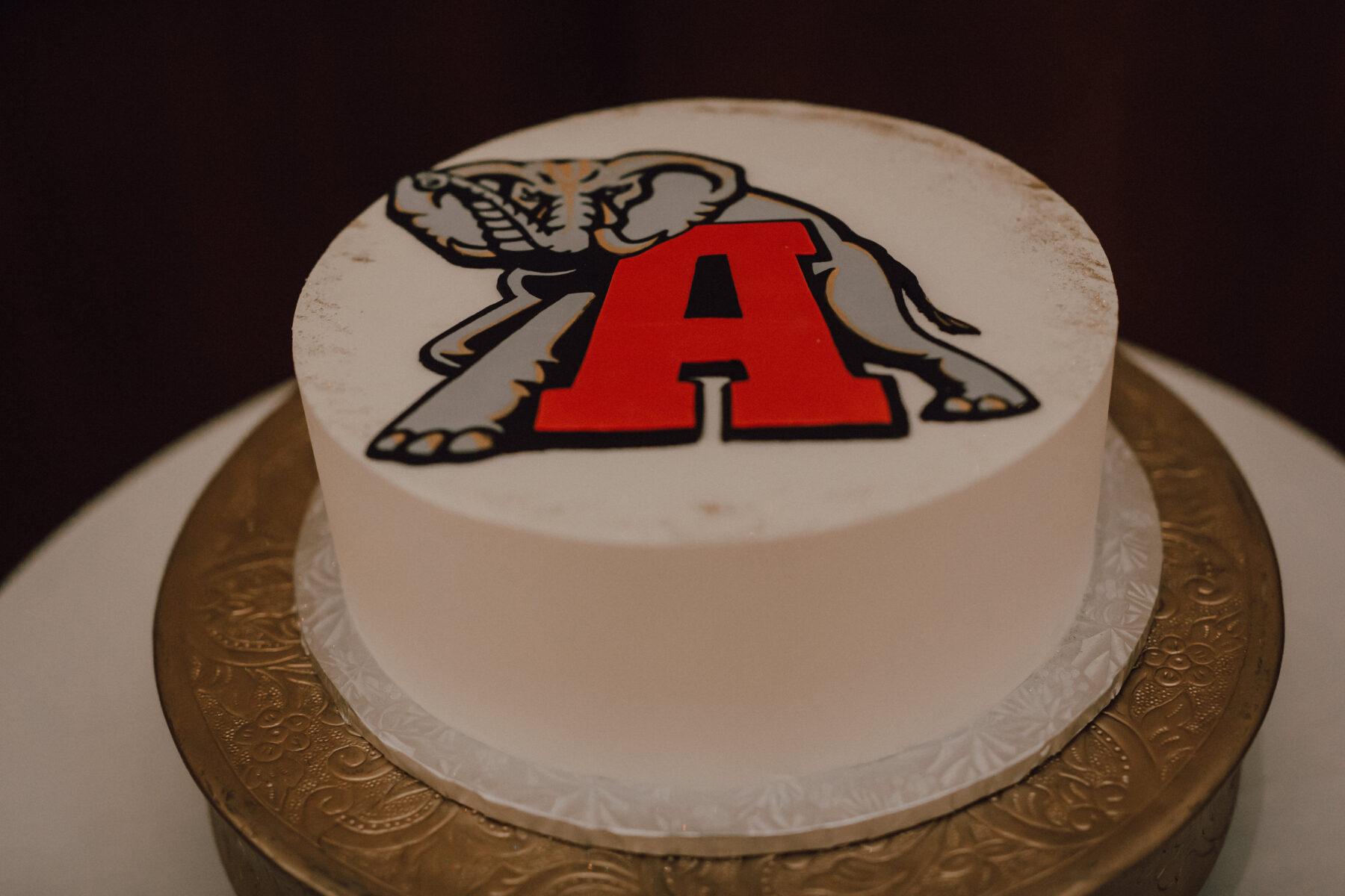 Alabama groom's cake   Nashville Bride Guide