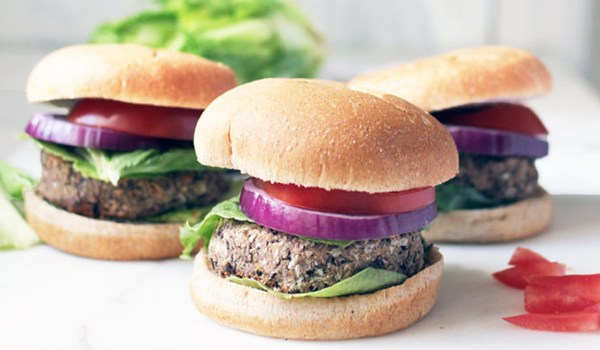 Healthy Tailgating Options – 2016