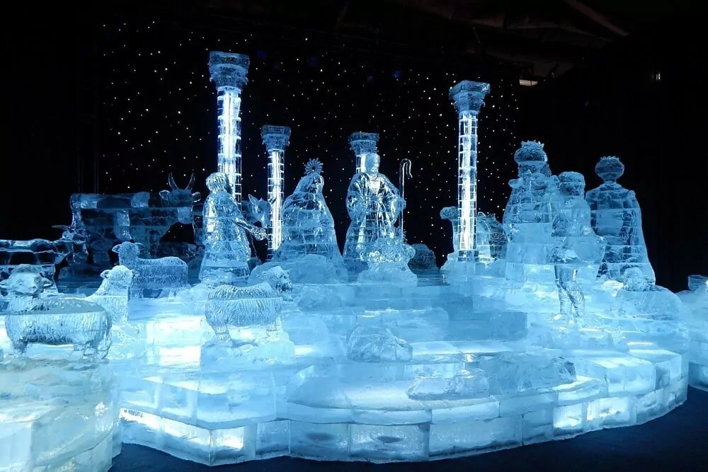 Gaylord Opryland Country Christmas - ICE nativity