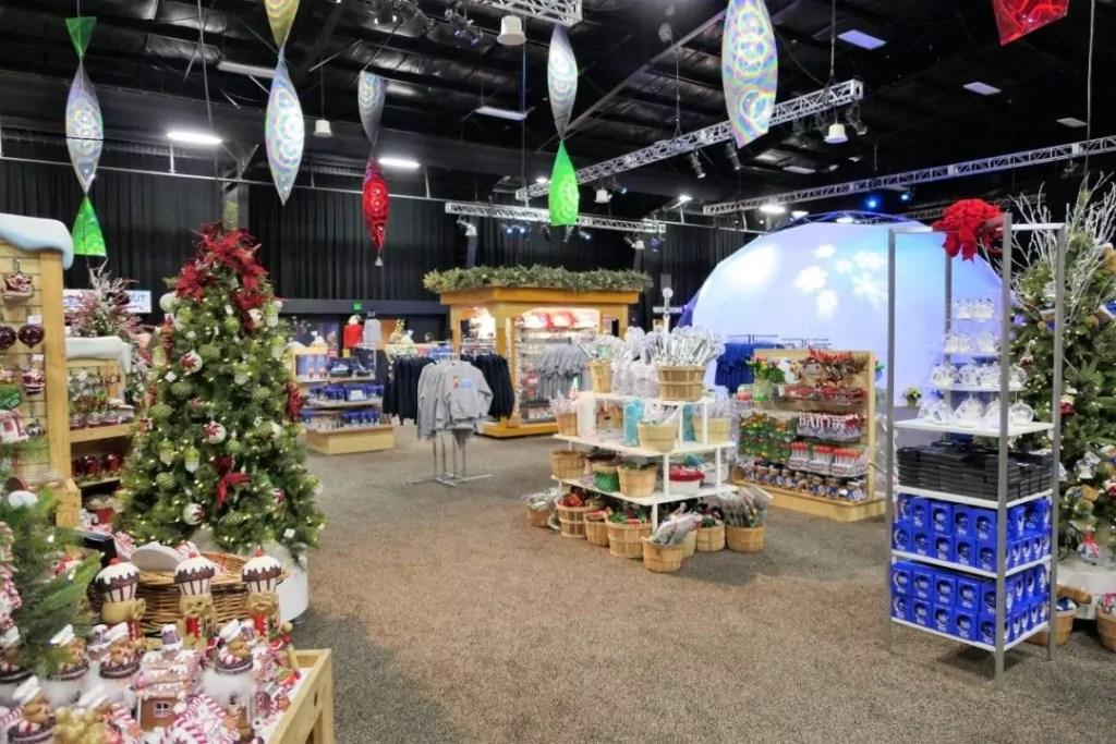 Gaylord Opryland Christmas 2017 - ICE holiday store