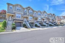 Woodbury Townhomes Bellevue