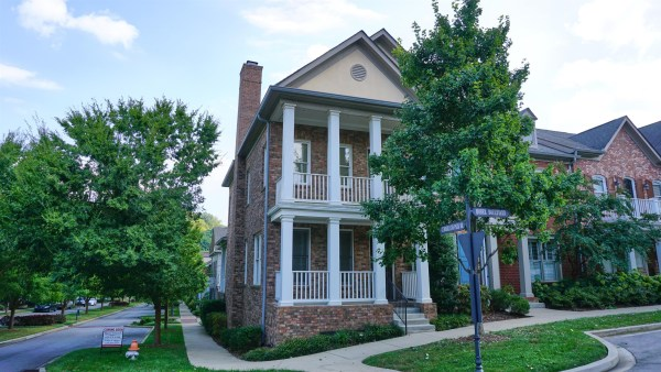 Franklin Townhomes & Condos for Sale