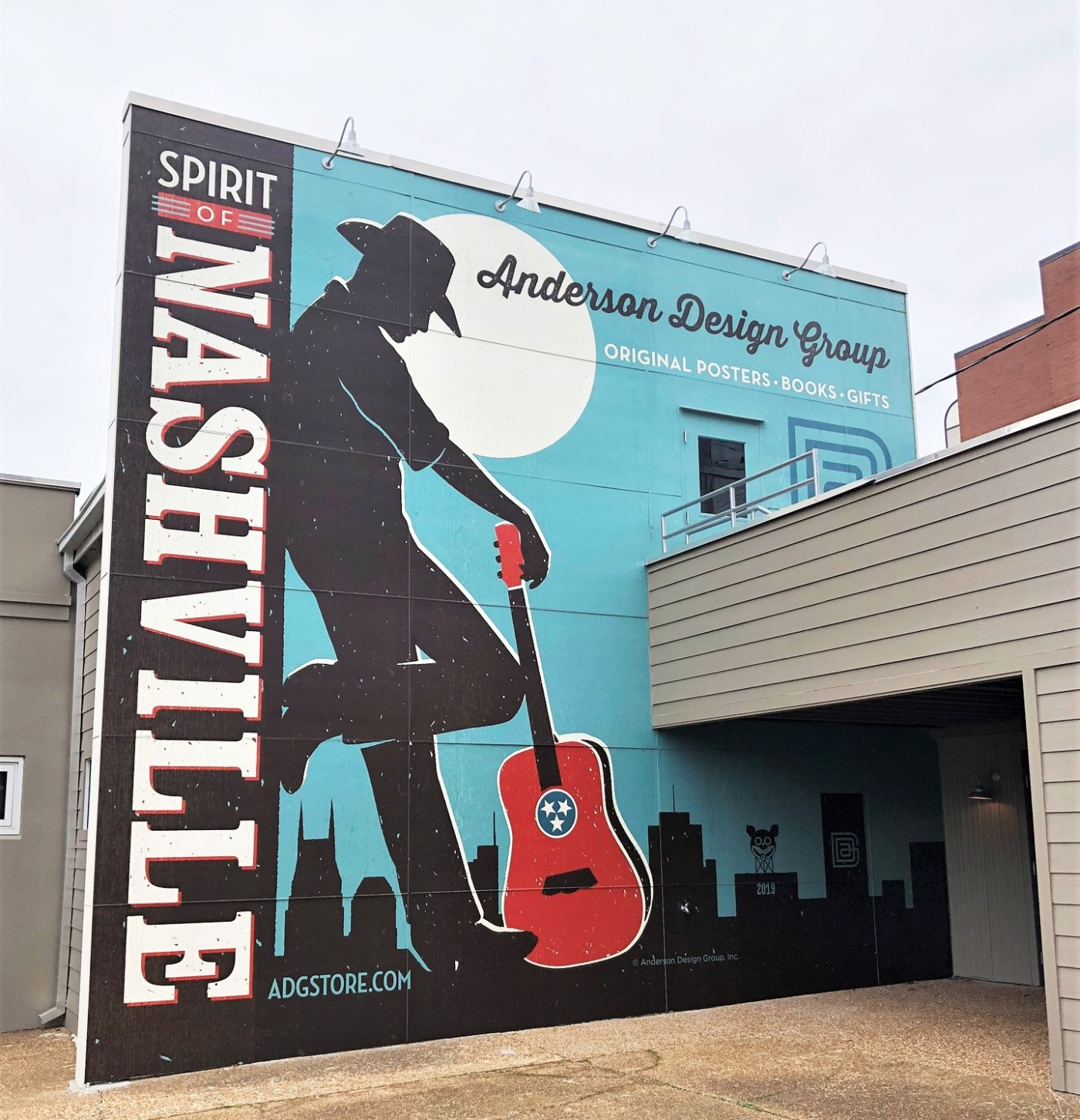 Spirit of Nashville Mural street print sign