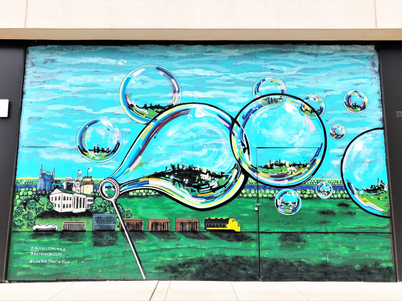Bubbles mural Nashville street art