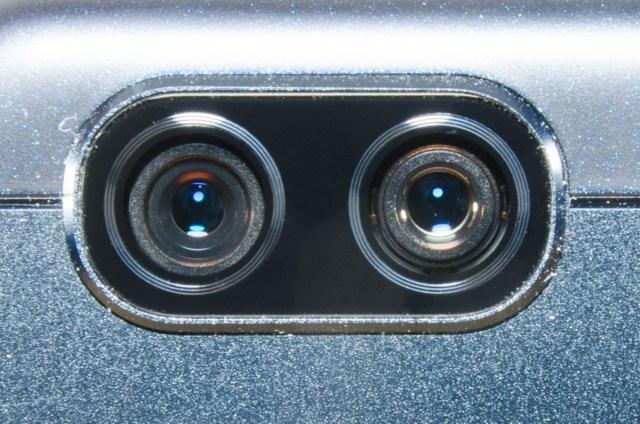 Dual-Camera Smartphones Dual-Camera Smartphones ASUS ZenFone 3 Zoom lenses