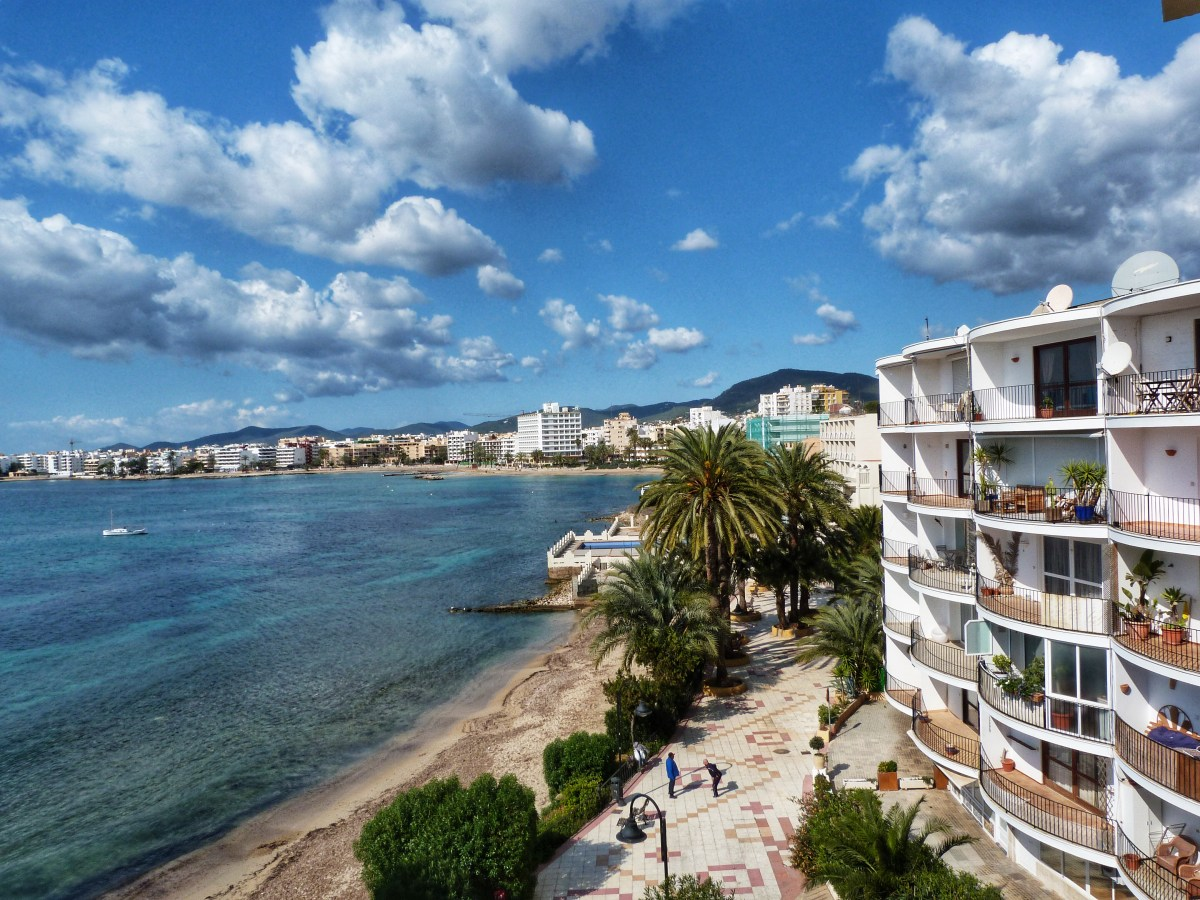 Ibiza Gezi Rehberi ve Ibiza Gezilecek Yerler