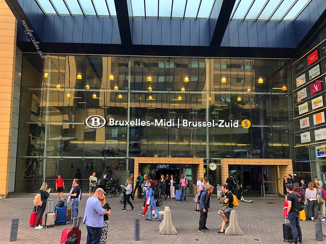 Brüksel Midi tren istasyonu, Brussles Midi train station, Eurostar ile Londra Paris Arasi Seyahat Deneyimi, londra paris arası trenle kaç saat, londra paris arası trenle kaç saat