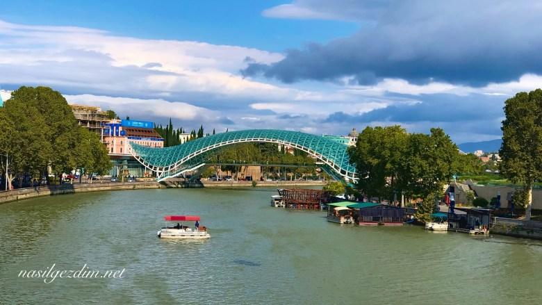 Tiflis Gezi Rehberi, Tiflis Gezilecek Yerler, Gürcistan Gezi Rehberi, Gürcistan Gezilecek Yerler, Kura Nehri