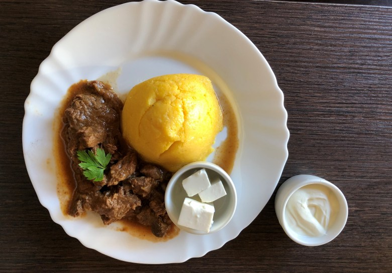 moldova yemekleri, kişinev yeme içme rehber, gagavuz yemekleri