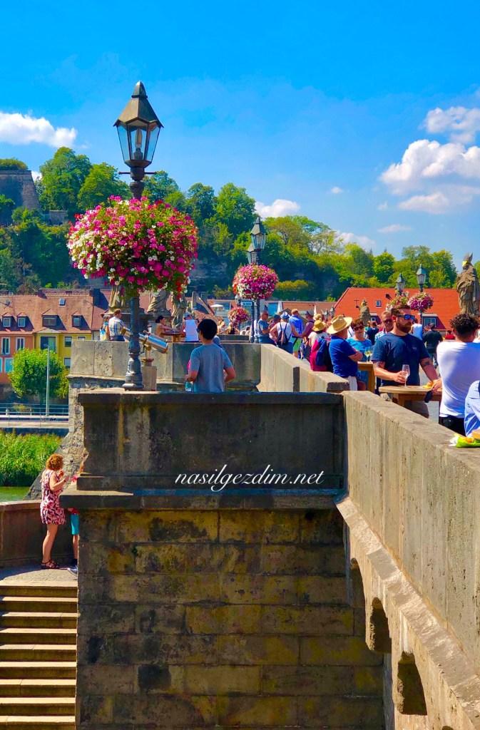 würzburg gezi rehberi, würzburg gezi notları, alte mainbrücke würzburg, alte mainbrücke