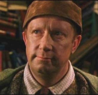 mark-williams-as-arthur-weasley