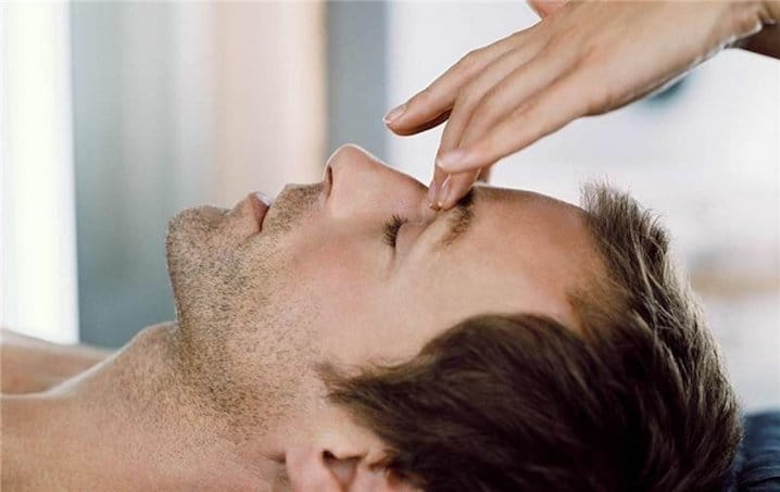 эффективность точечного массажа при насморке