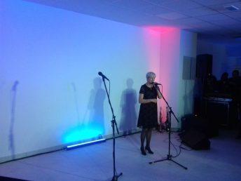 Grażyna Matysiak, kierownik obiektu podczas oficjalnego otwarcia basenu w Śremie