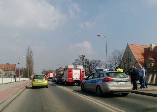 Wypadek na moście w Śremie: ruch wahadłowy i olbrzymie korki