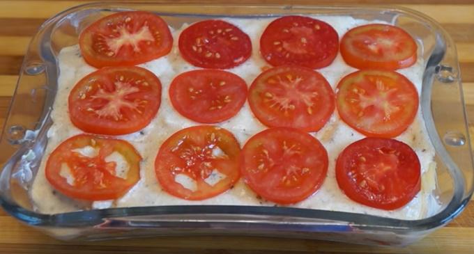 Disporre le verdure nel piatto di preparazione