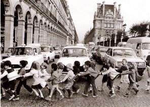 Los alumnos de la rue de Rivoli, 1978 Robert Doisneau