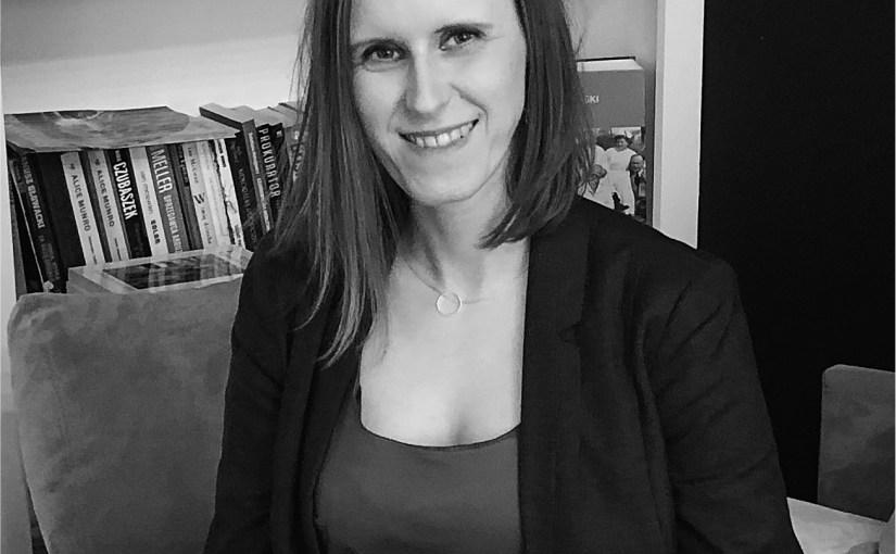 Uskrzydlona. Wywiad z Joanną Pstrągowską – psychologiem, mamą i pisarką