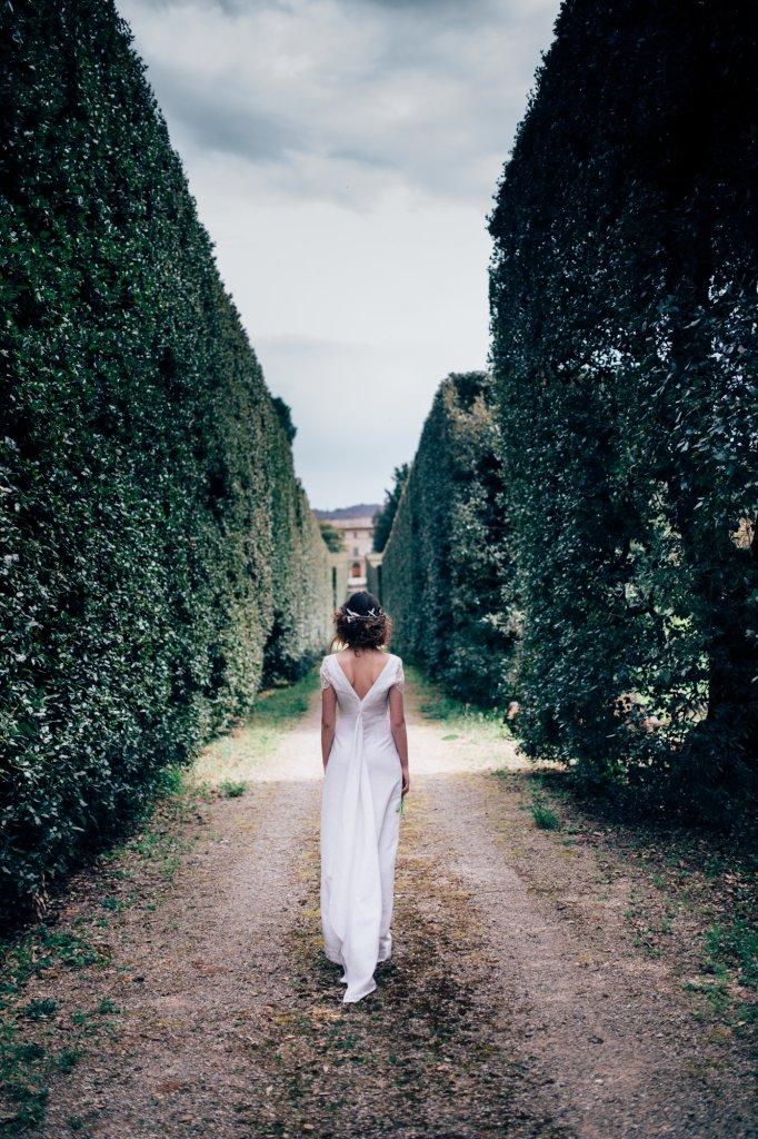summer-weddings-tuscan-garden