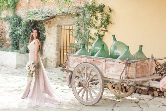 The pre-wedding shoot of this lovely couple took place at the Villa, that for centuries has welcomed visitors from different parts of the world to relax and celebrate love and life in Italy