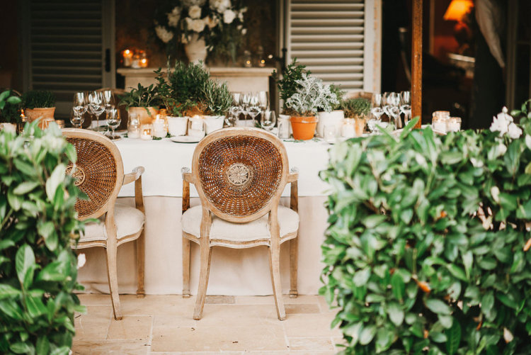 Stylish al fresco Wedding banquet at Borgo Santo Pietro
