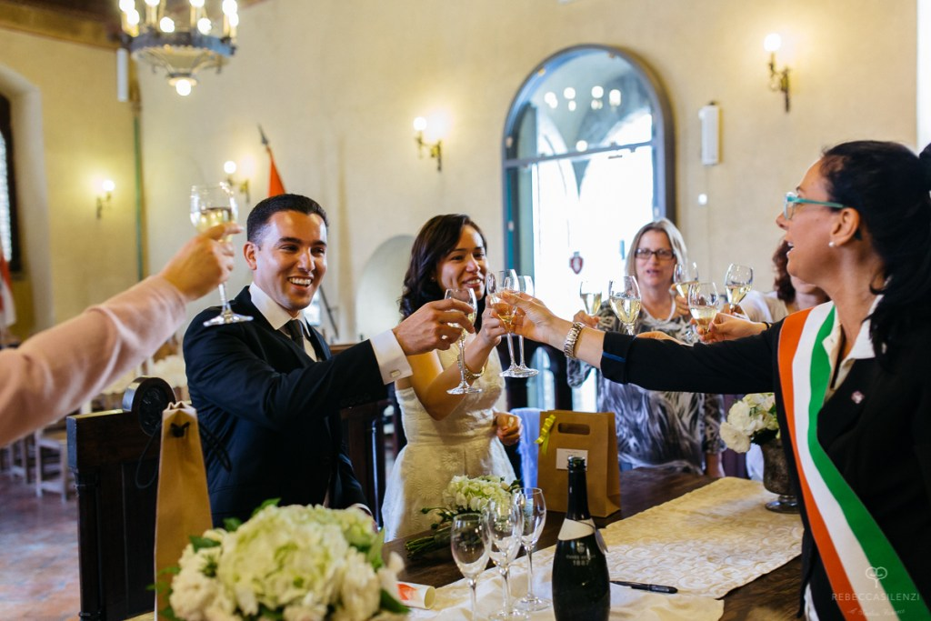 Celebrating your wedding in Italy-an elopement in Cortona