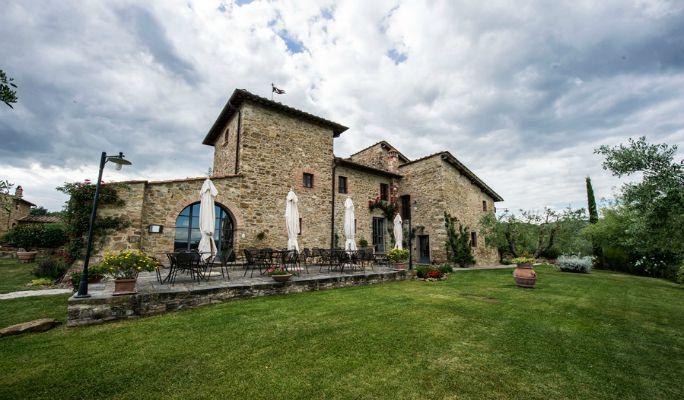 Arezzo wedding villa