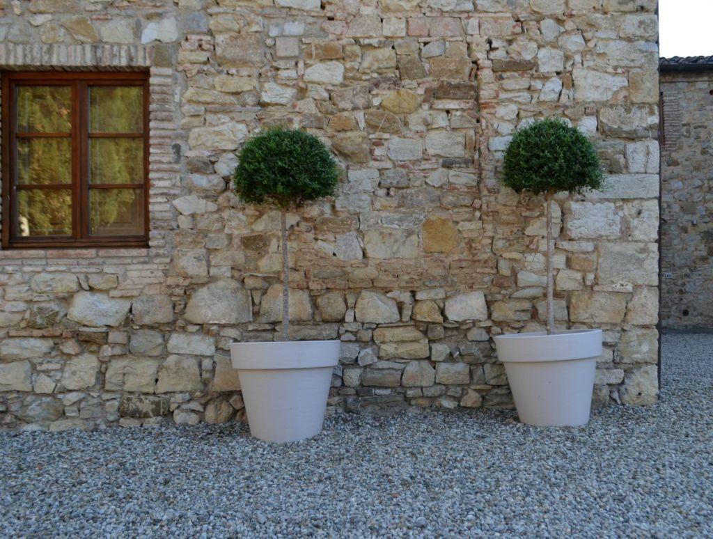 Tuscan retreat wedding villa