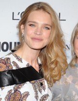 2014-11-10_Glamour_Women_of_the_Year_N_Vodianova_14