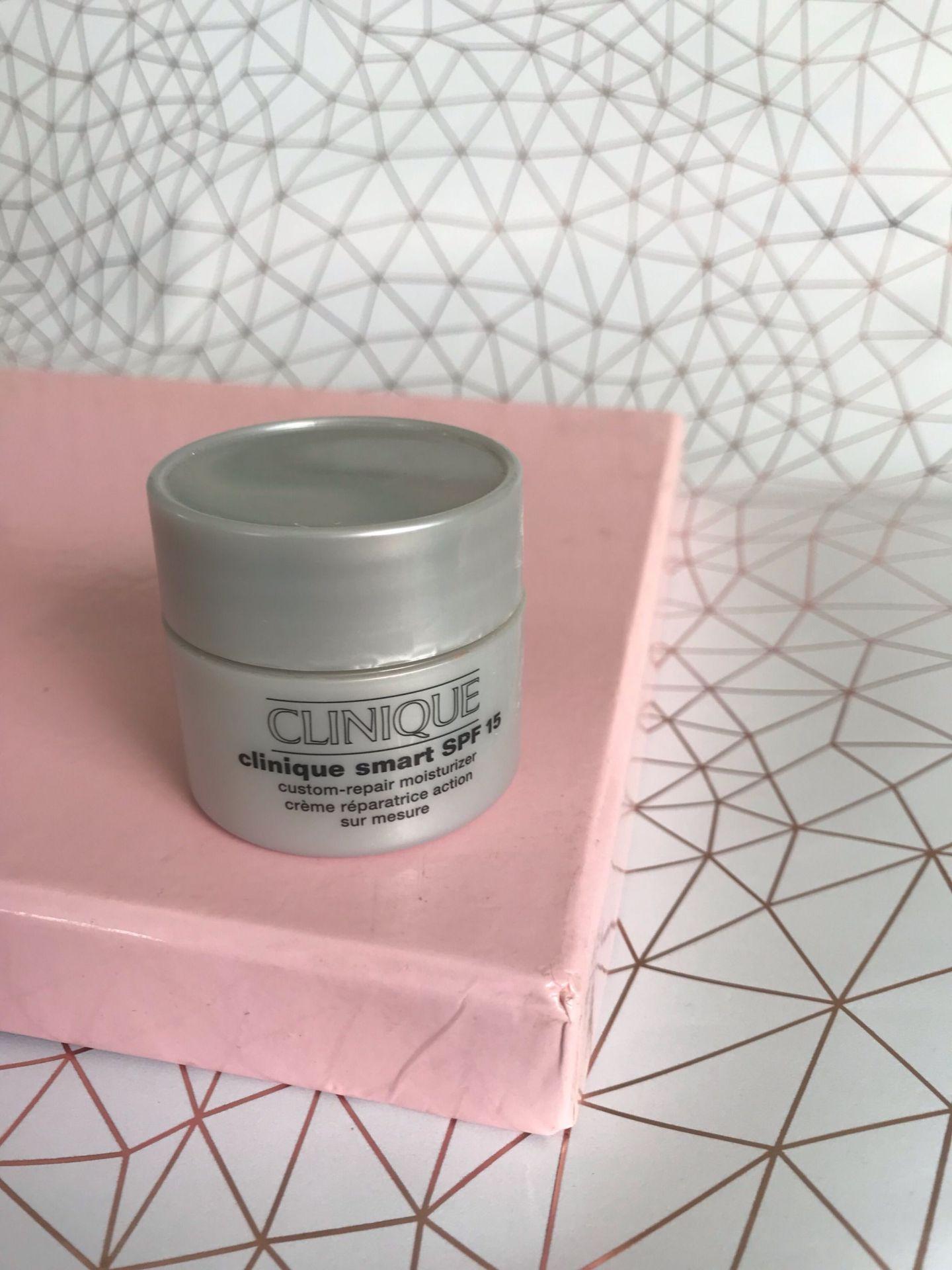 Clinique smart SPF moisturiser