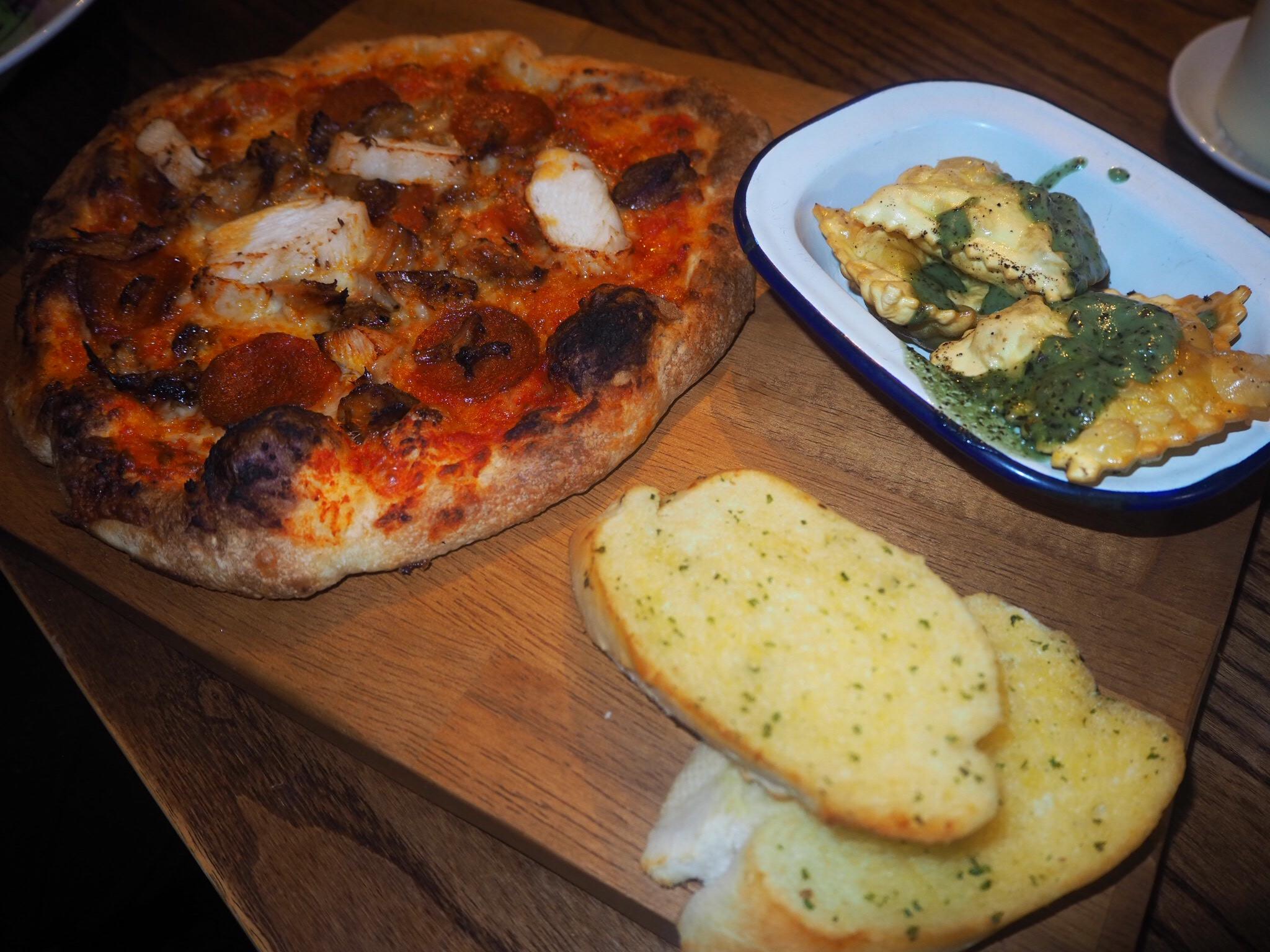 Pizza Platter Meat Feast