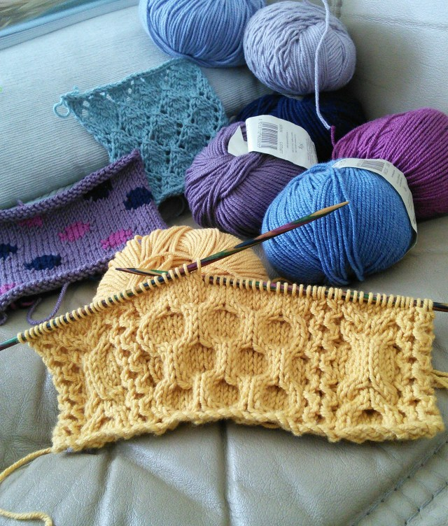 KnitSamples_CablesLaceIntarsia