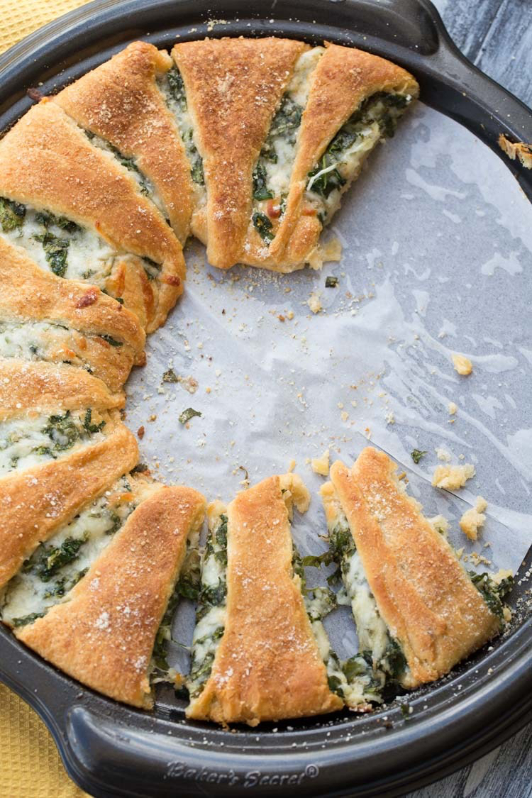 Spinach and Cheese Breakfast Ring.jpg