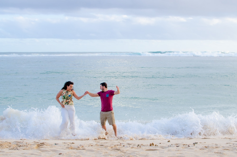 how to dress for a beach photo shoot