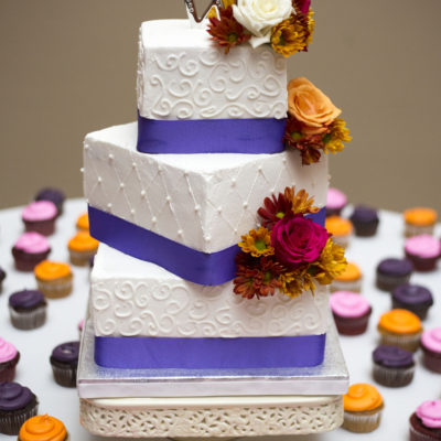 Ann Arbor fall wedding cake - Ann Arbor Wedding Photographer