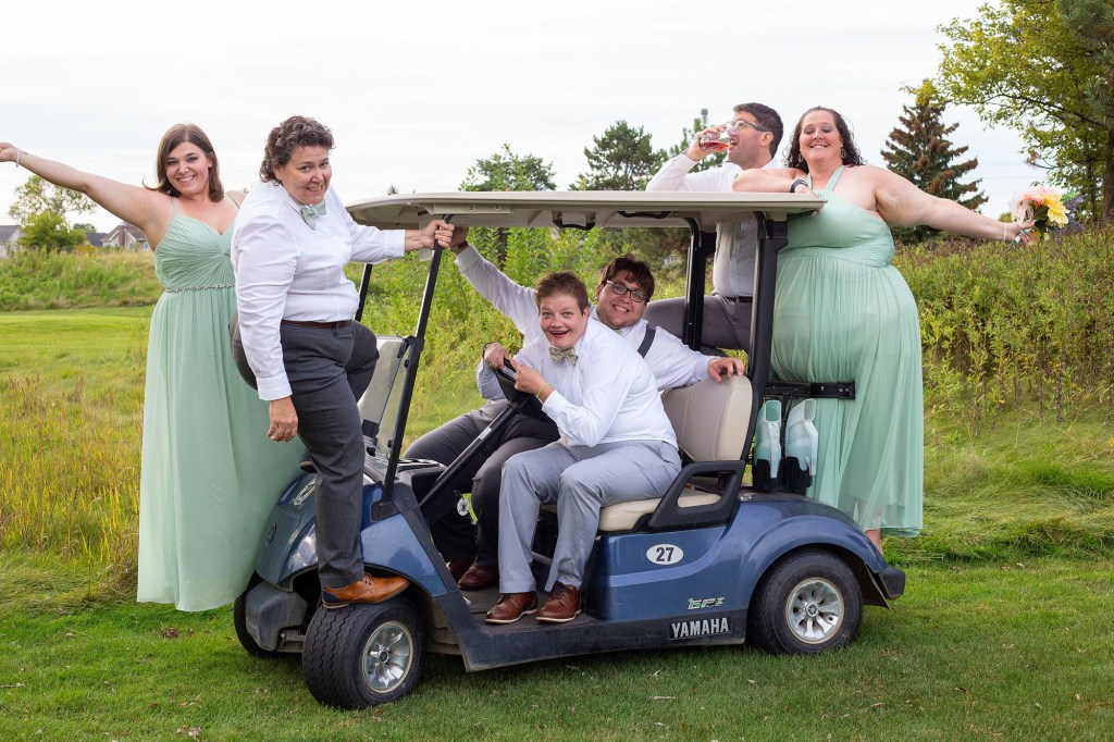 Party on the golf cart at the Links of Novi wedding