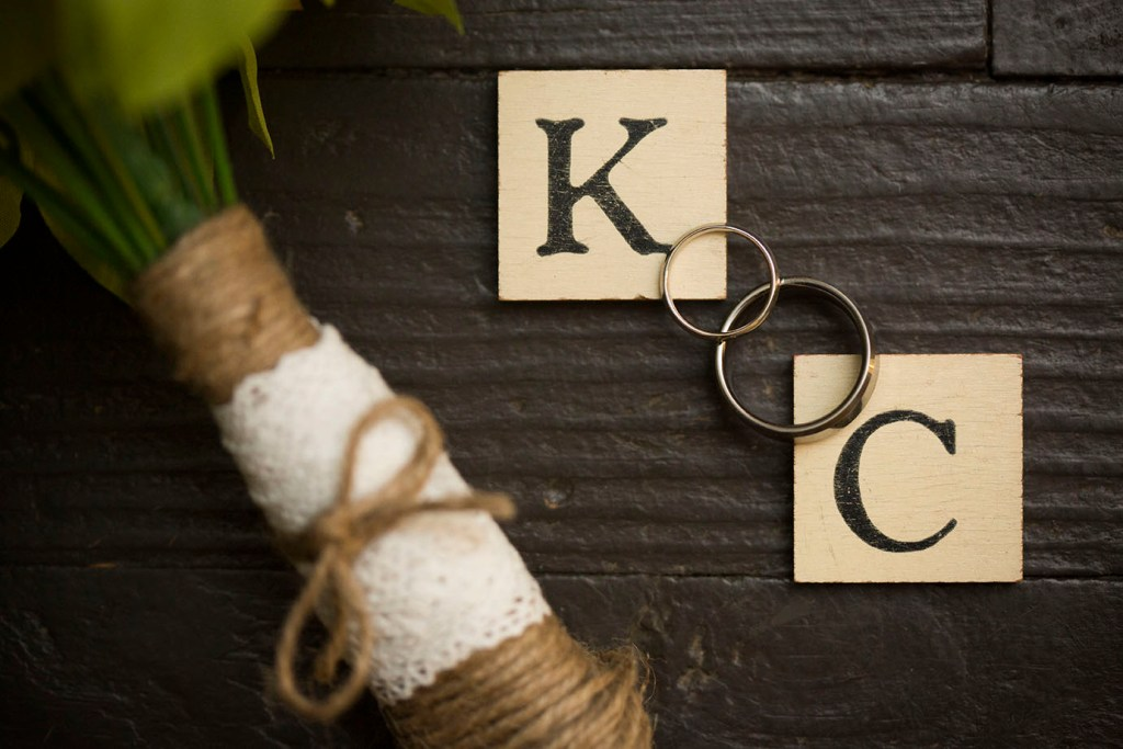 Wedding rings with the antique letter tiles