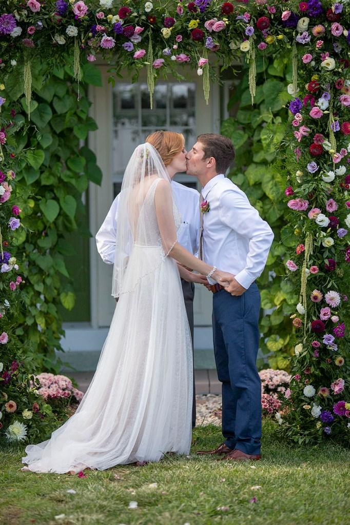 First kiss at Belleville wedding