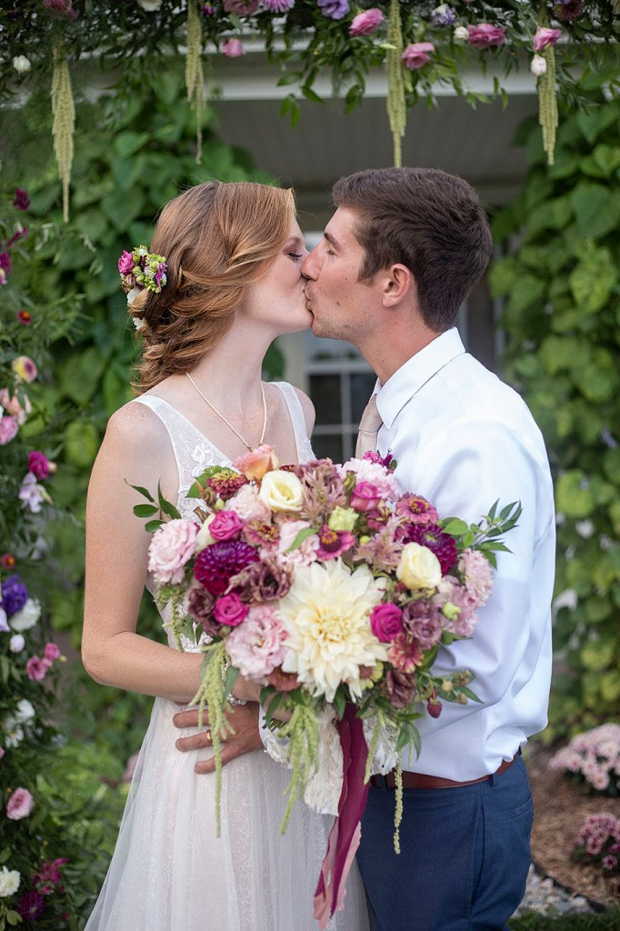 Carmen and Chris kissing