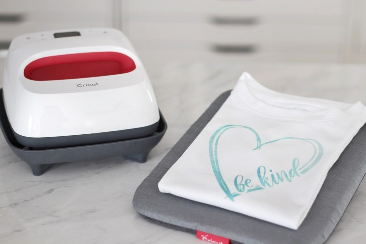 How To Use Iron-On/ Heat Transfer Vinyl on Shirts