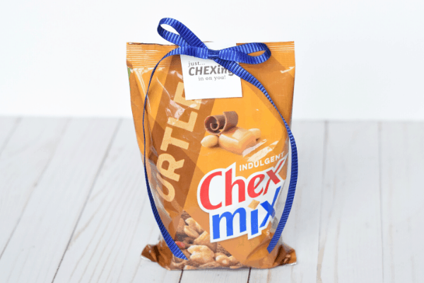 'Chex-ing In On You' Chex Mix Gift & Free Gift Tag Printable
