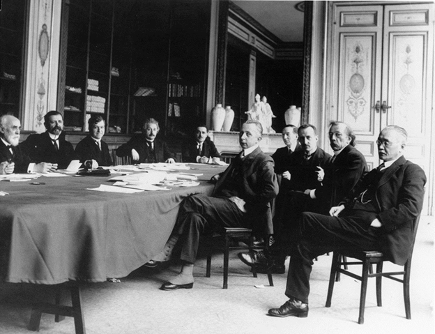 Einstein y Lugones 1924