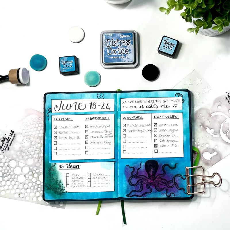 Ocean Background Blending with Distress Inks