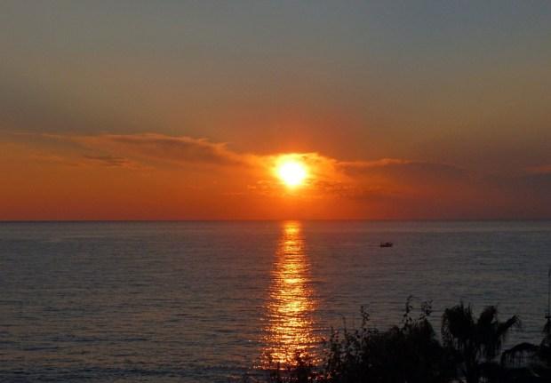 blogarhythm-barathon-suns-and-lovers-sunset