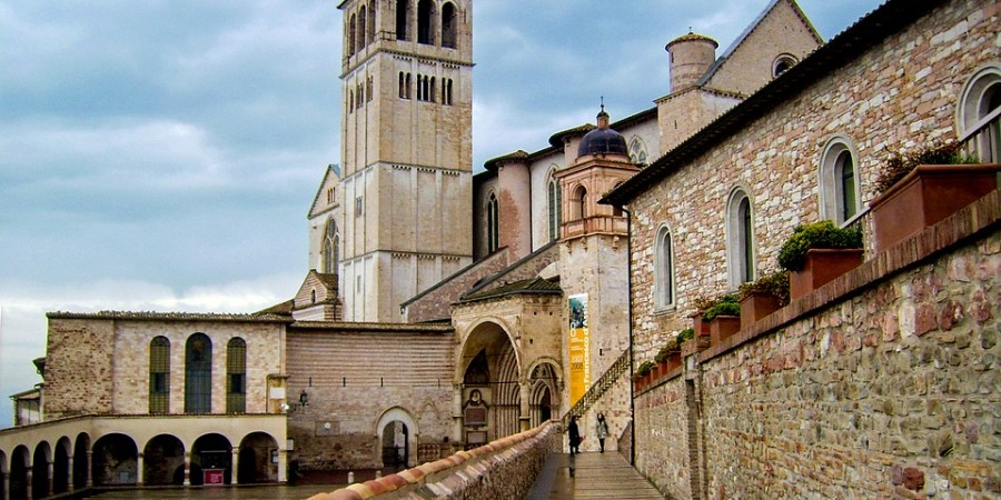 wordless-wednesday-natasha-musing-basilica-of-st-francis-assisi