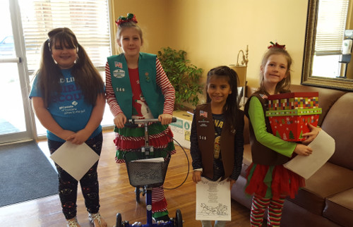 Girl Scouts Spread Holiday Cheer