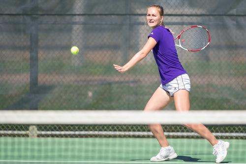 NSU-mutel Tennis.jpg